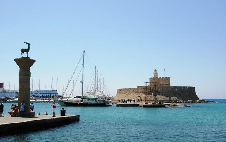 Rodos-Mandraki-Limanı