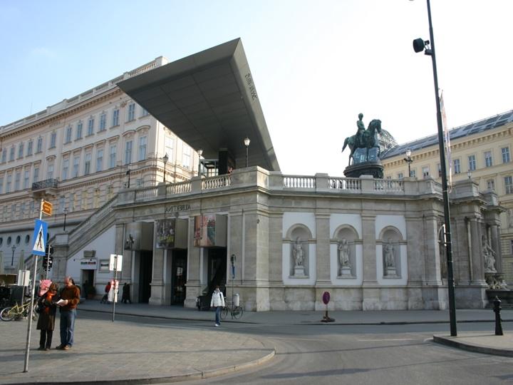 Viyana Albertina müzesinde sergilenen eserler