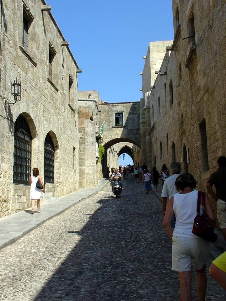 rodosta gezilecek yerler - Rodos Old Town Bölgesi