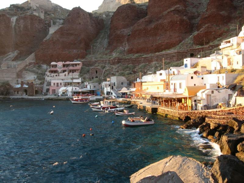 santorini adasının gezilecek yerleri - santorini amoidi