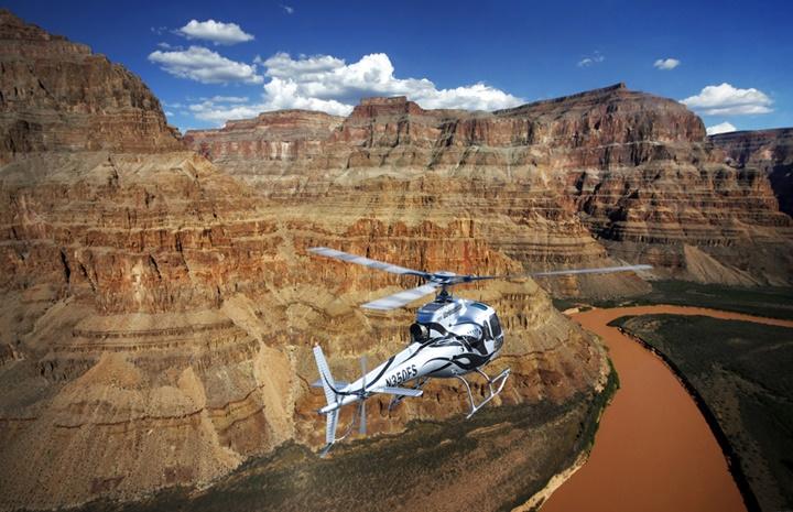 Büyük kanyon helikopter turu