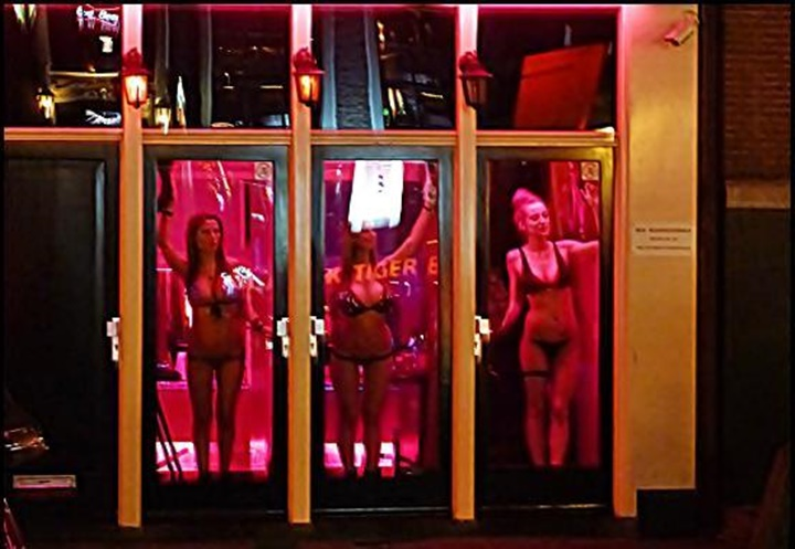 стоит амстердаме сколько хорошая проститутка в