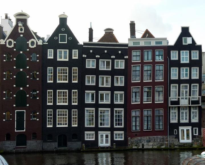 Amsterdam kanal evleri