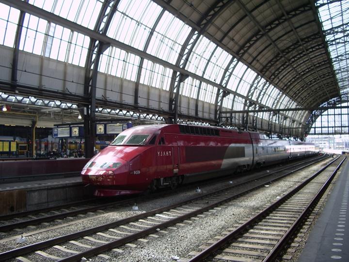 amsterdam brüksel arası hızlı tren