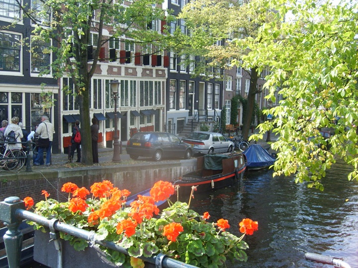 amsterdamda bahar ayları