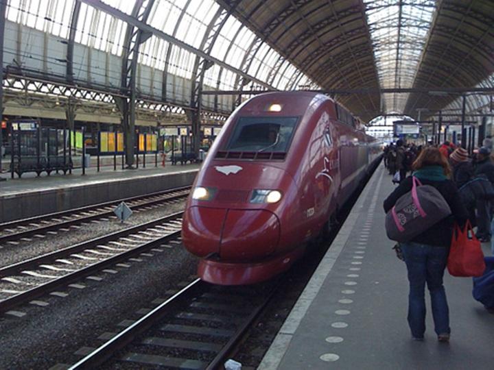 Brüksel Amsterdam arası trenle