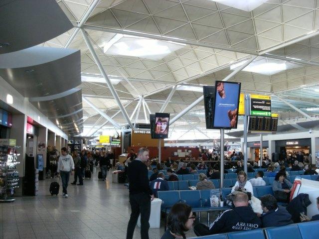 Londra Stansted Hava alanından şehir merkezine ulaşım