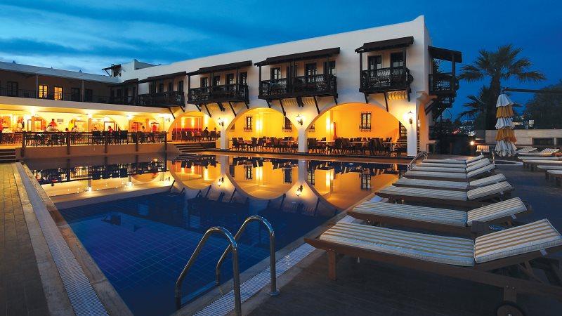 OTELZ-OCA16-001-costa-bitezhan-hotel