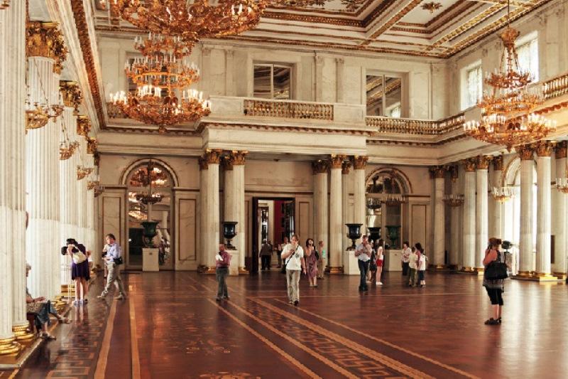St. Petersburg hermitage müzesi