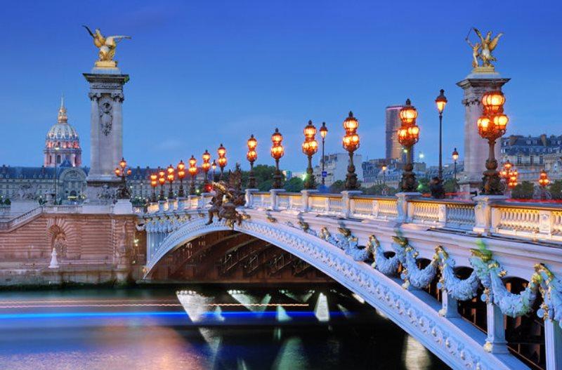 Paris seyahati