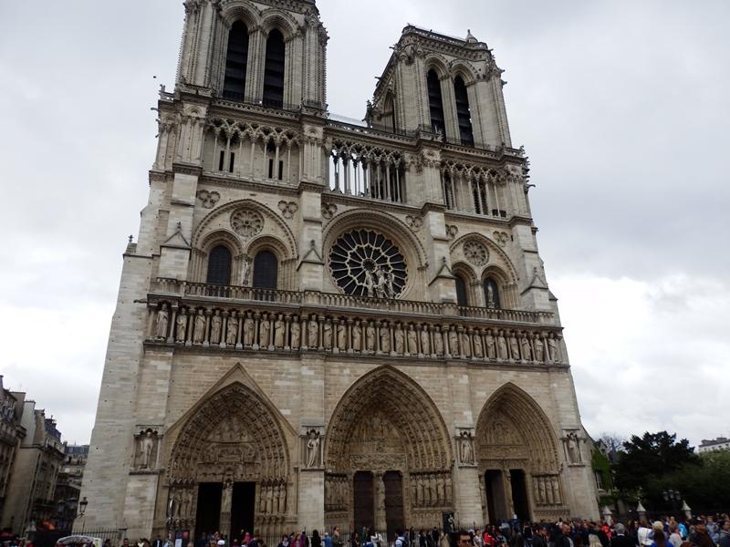 paris Notre dame katedrali