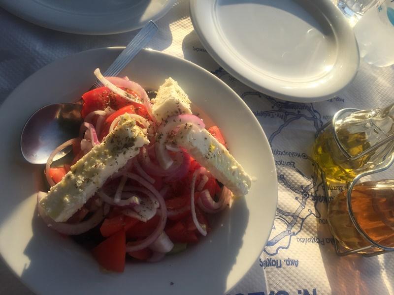 thassos adasında yeme içme - yunan salatası