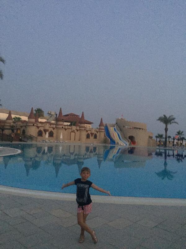tui blue palm garden hotel havuzu