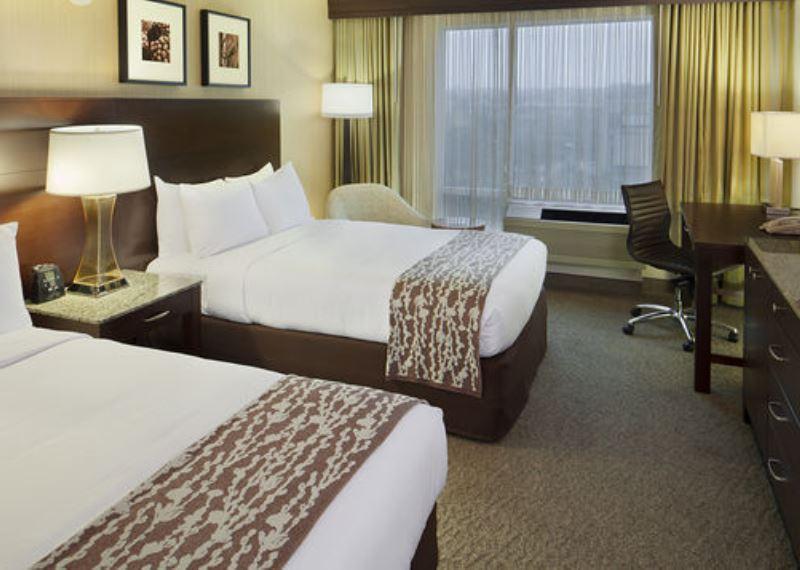 Double tree club by Hilton hotel Boston bayside