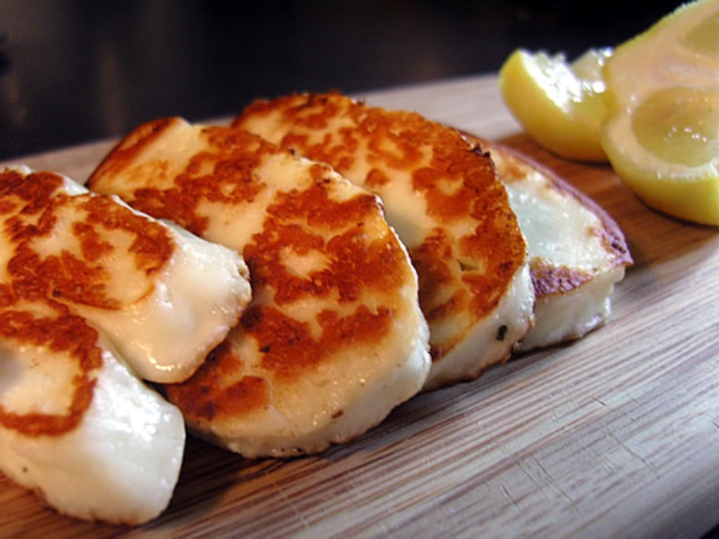 kıbrısda ne yenir - kıbrıs hellim peyniri