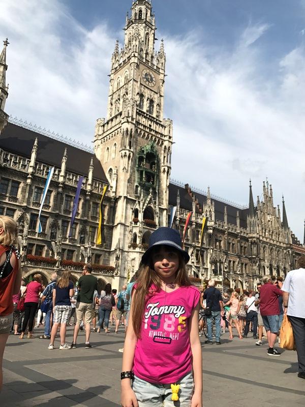 Münihte gezilecek yerler - münih marienplatz
