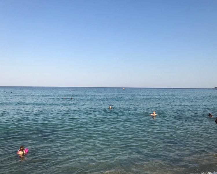 Halkidiki Sarti plajları
